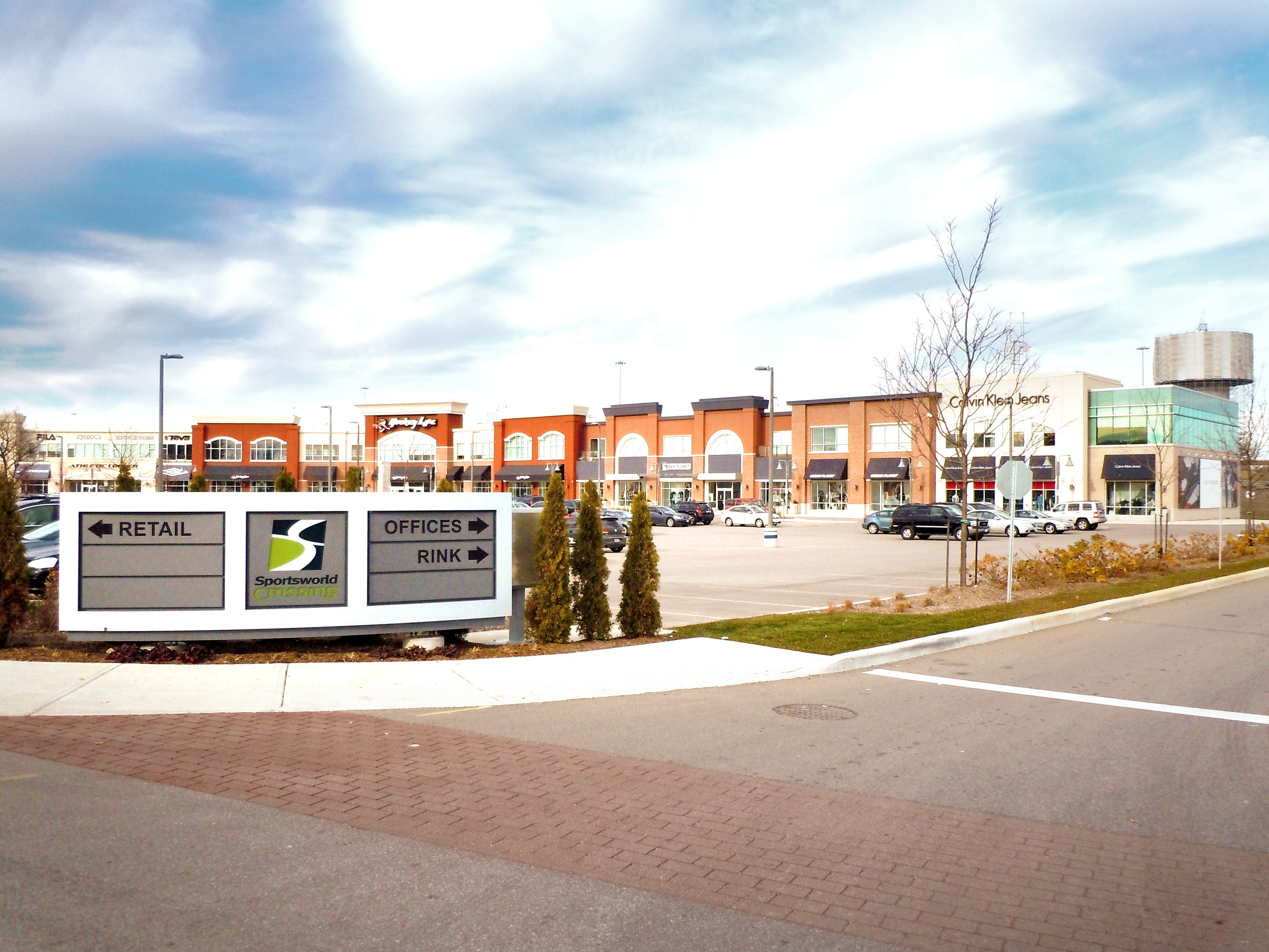 Sportsworld Crossing, Kitchener | Retail Space For Lease