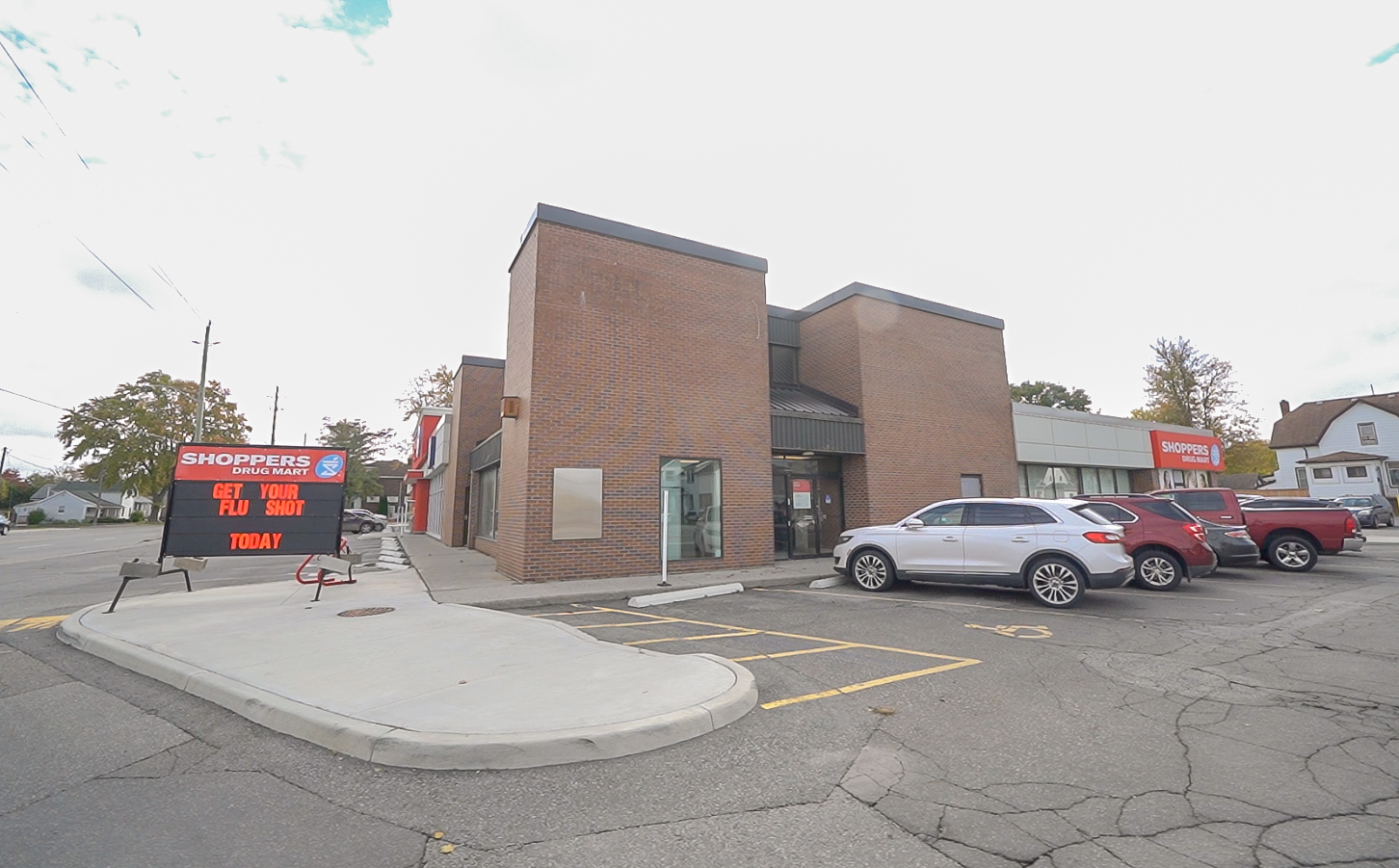 420 Queen Street, Chatham | Retail Space for Lease