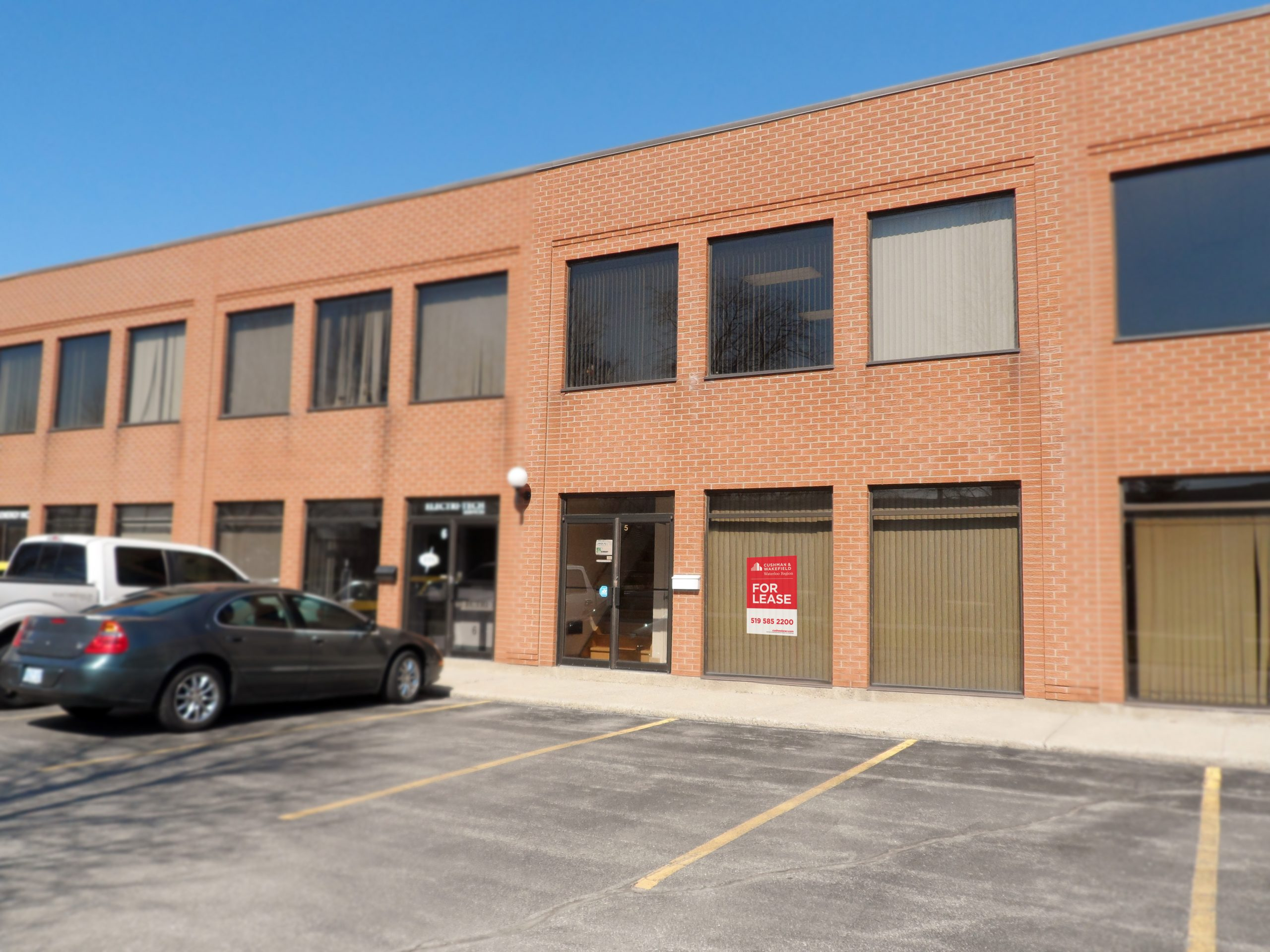 565 Trillium Drive,(Unit #5), Kitchener | Industrial Condo Unit Available for Lease