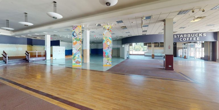 135-Gateway-Park-Drive-Kitchener-Garage