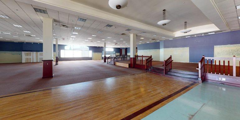 135-Gateway-Park-Drive-Kitchener-Garage(1)