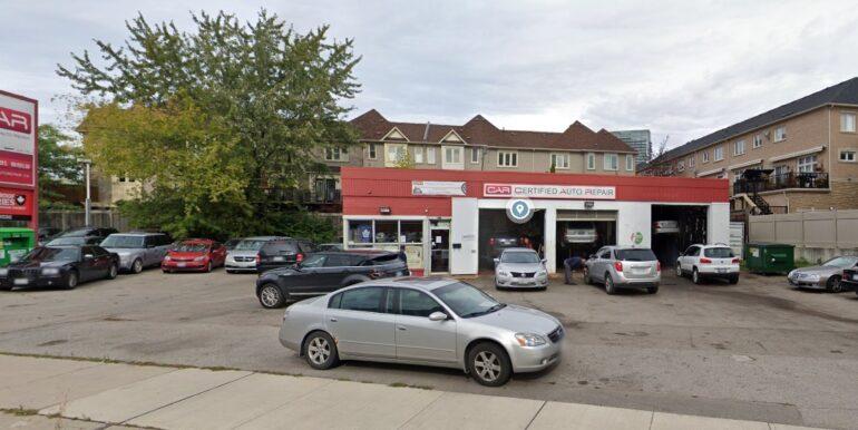 Street View of 2272 Lake Shore Blvd