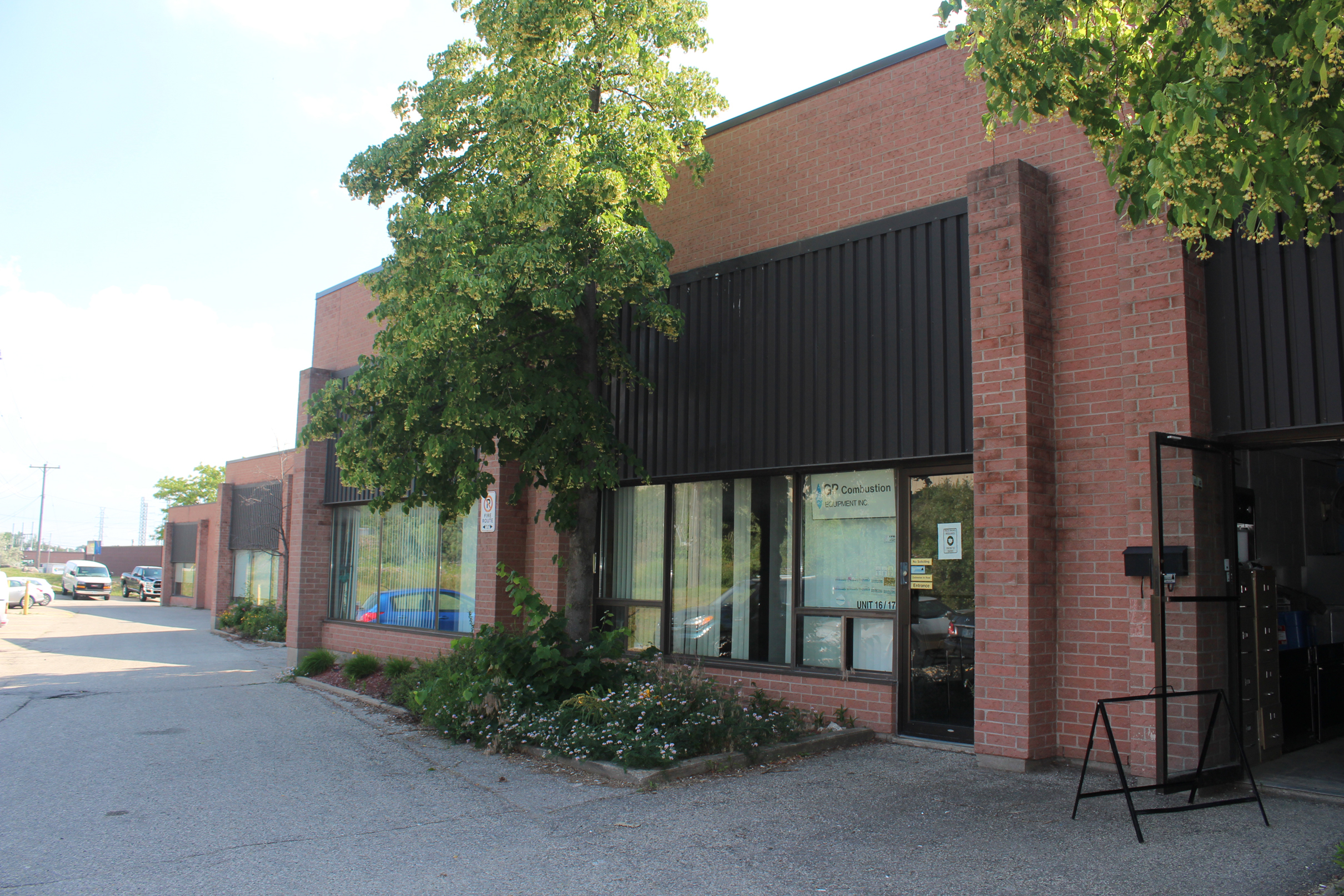 100 Sheldon Drive, Units 16-17, Cambridge | Industrial/Office Space for Lease
