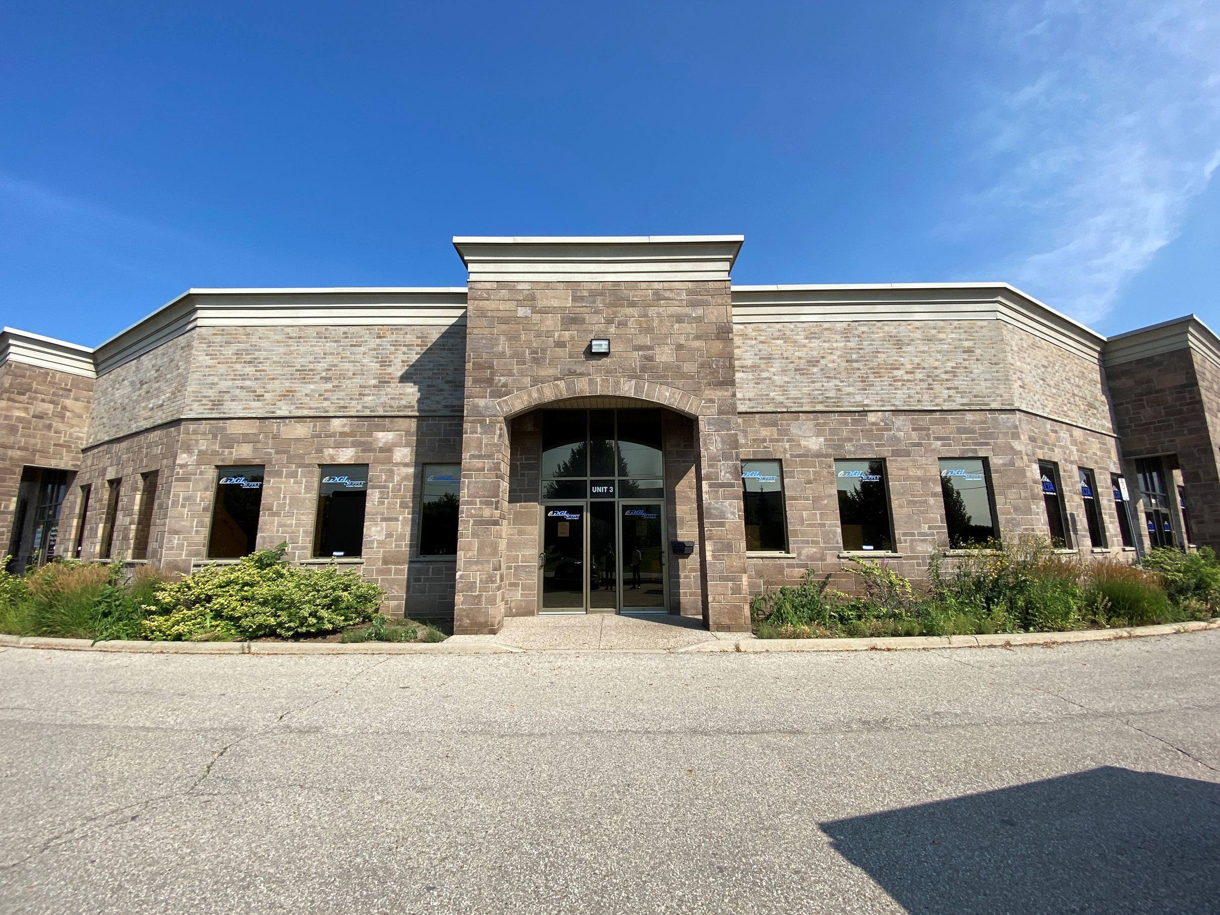 250 Thompson Drive, Cambridge | Office/Industrial space for Lease